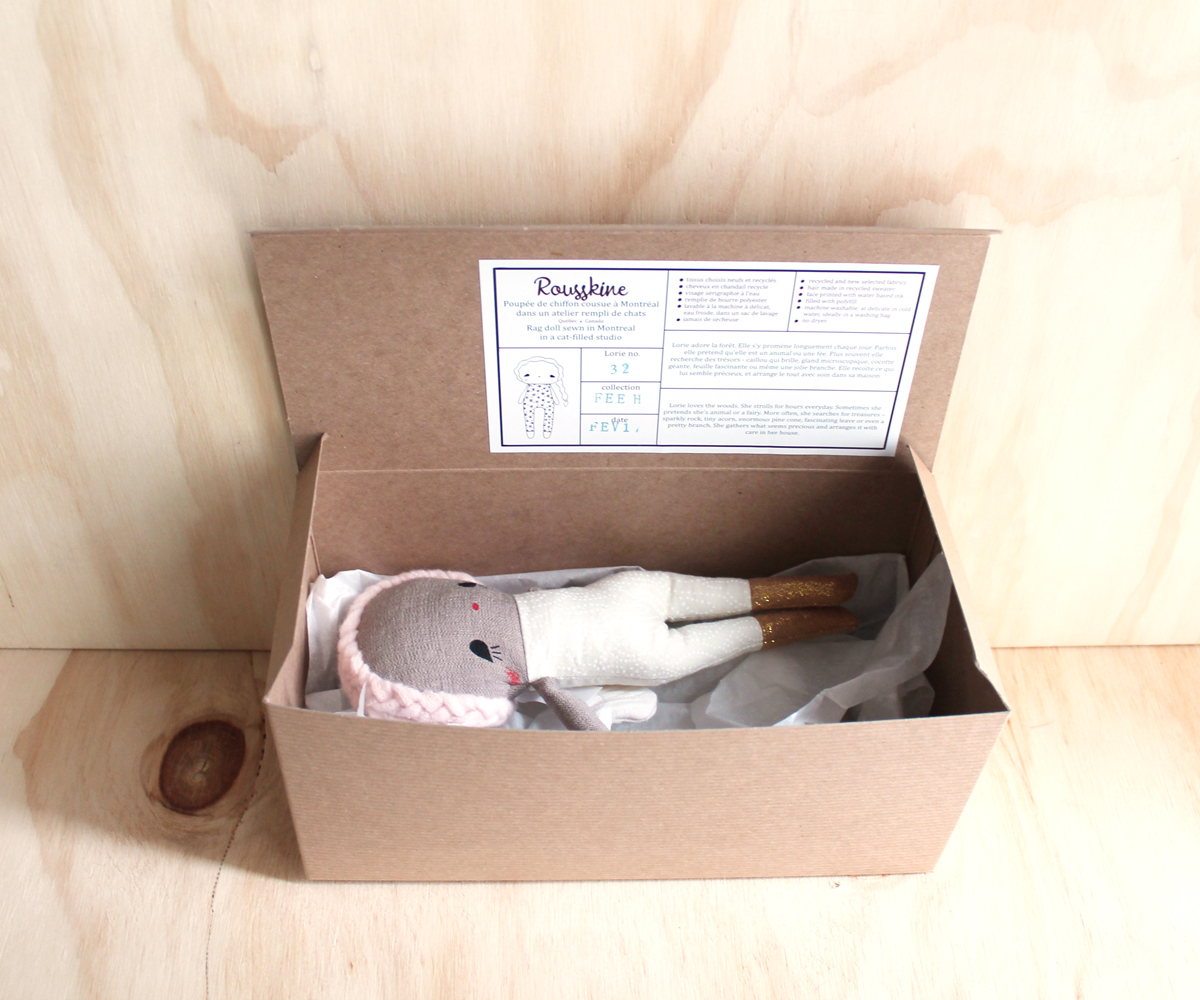 emballage poupée